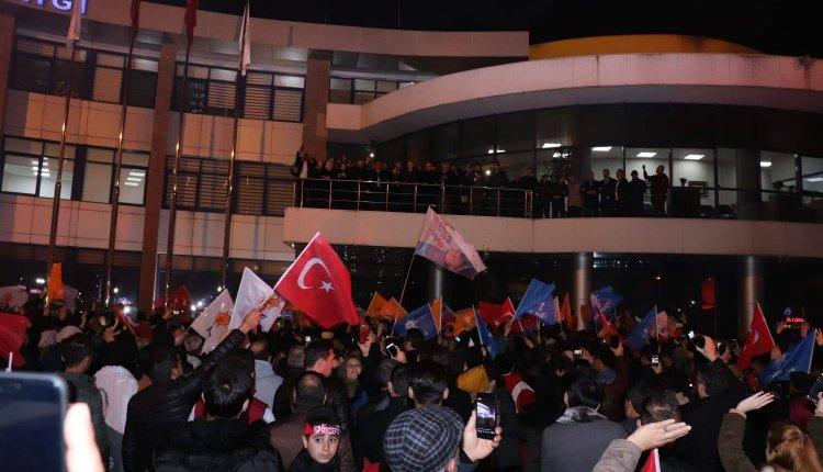 DÜZCE'DE ZAFER AK PARTİ'NİN !