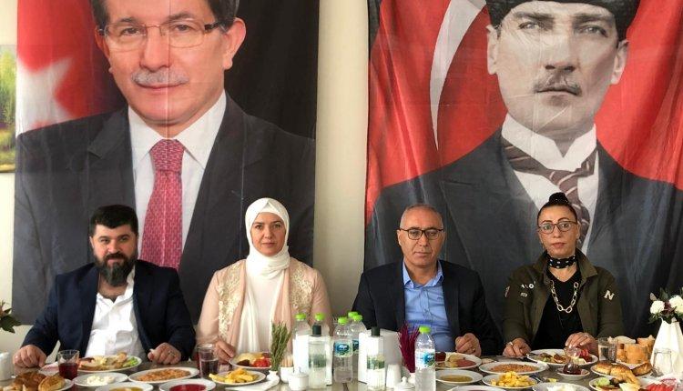 GELECEK PARTİSİ DÜZCE'DE İLK KEZ BASININ KARŞISINA GEÇTİ !